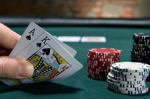 چگونه در این بازی کارتی برنده شویم؟