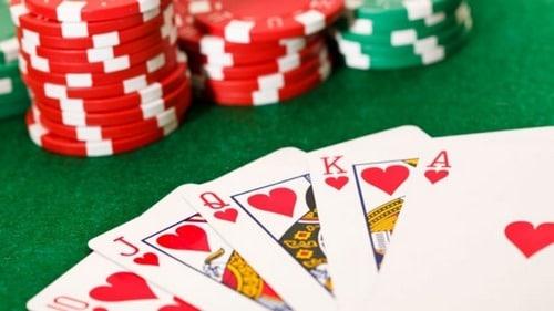 بازی کارتی 31 برای سیستم عامل های مختلف چگونه است؟