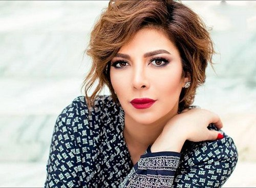 هولیا افشار