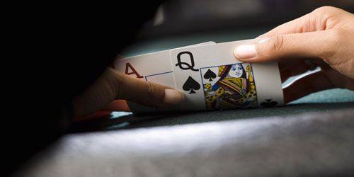پوکر 4 کارته : راهنمای پخش سریع و استراتژی بازی پوکر